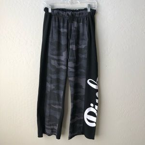 PINK Victoria's Secret Boyfriend Camo Sweatpants